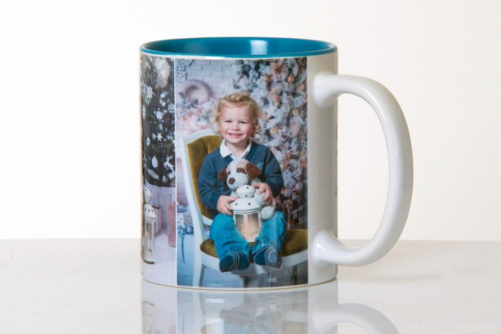 Kubek ze zdjęć pod choinkę - pomysł na prezent